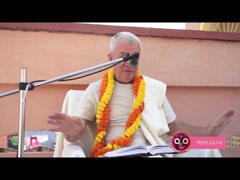 Чайтанья Чаритамрита Мадхья 15.186 - Чайтанья Чандра Чаран прабху