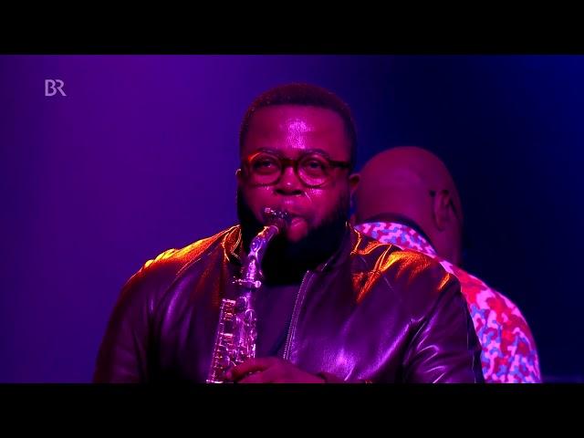 M&M -  Tutu (AFRICA FESTIVAL)