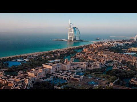 Dubai 7 start hotel Burj Al Arab long view video