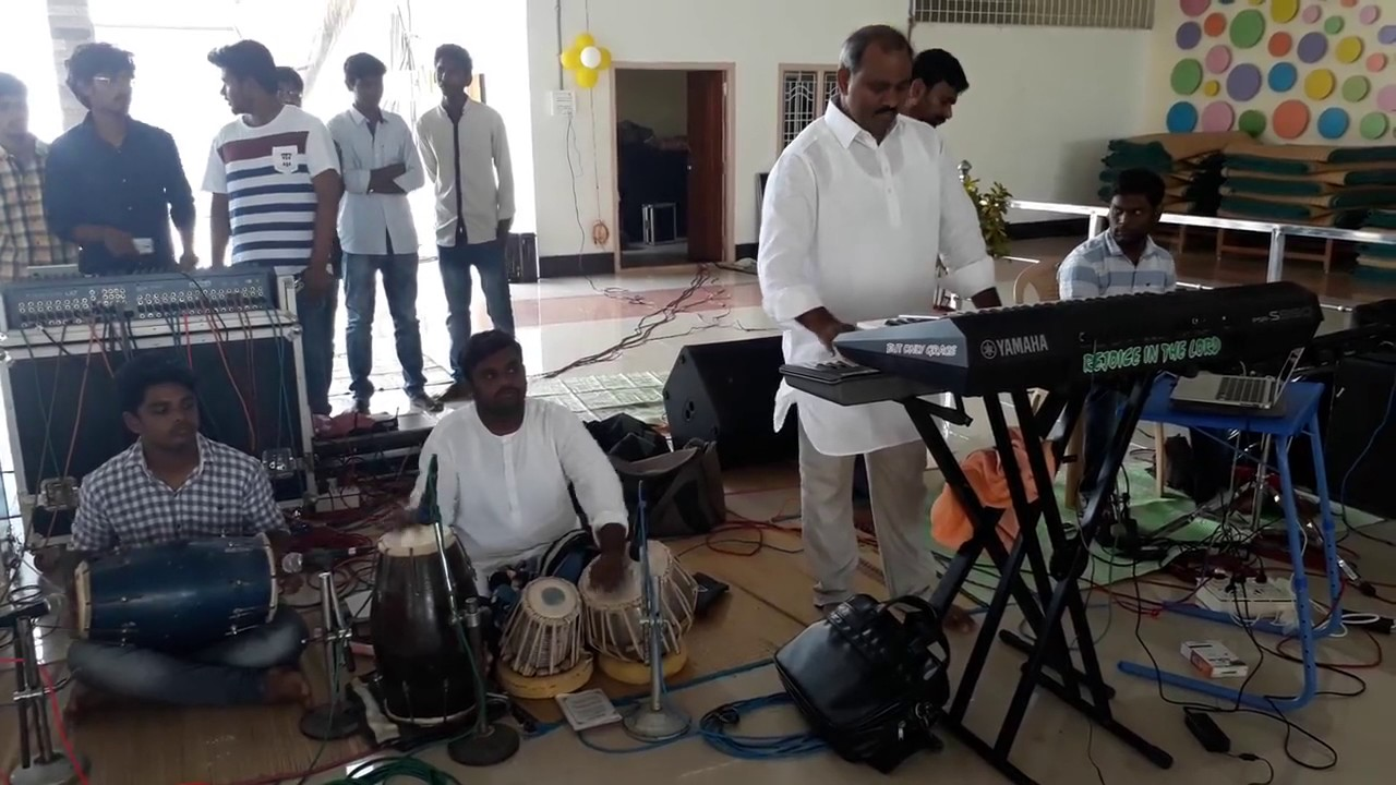Ps John Wesley anna Live Playing Instrumental @ Hosanna Mandir Rajahmundry