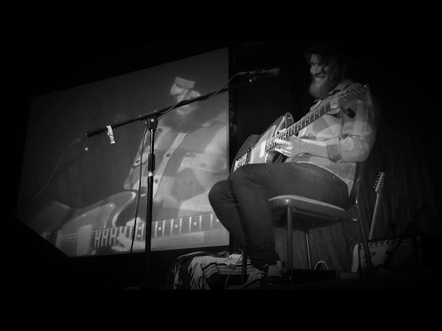 CJ Stranger - Lifeboat (live at Django bar)