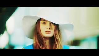 「JUST FINE」ミュージックビデオ