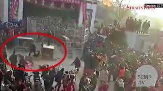 Chinese circus tiger escapes from cage, attacks audience