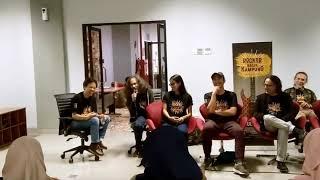 film keseruan live interview para pemain dan sutradara film rocker balik kampung