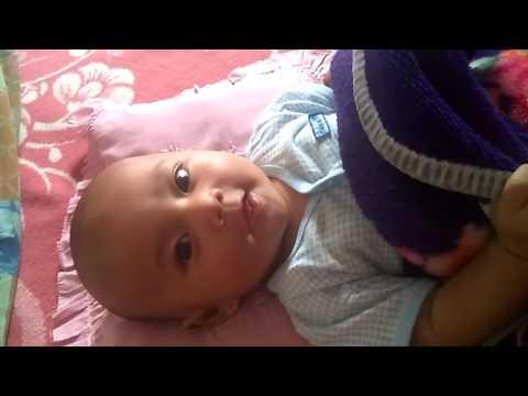 Video Bayi 4 Bulan Main Cilukba Cantikha Baik Budi