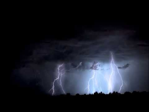 Déšť Zvuky pro hluboké spaní , búrka, vítr  . Zvuky deště