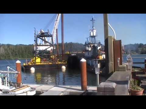 "Part 1, ""Florence Oregon"" Tugboats Push Huge Barges and Dredger on Siuslaw River"