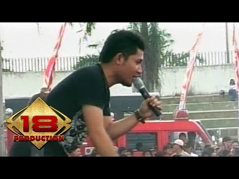 Andra And The Backbone - Main Hati  (Live Konser Kotabumi 20 Maret 2008)