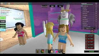 Roblox Beach House Roleplay Played By:MissSnow234