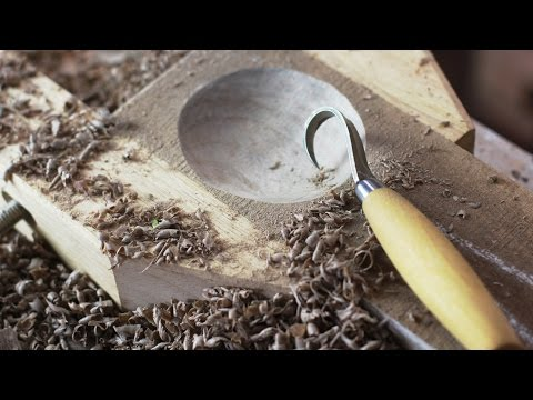 Carving a Spoon w/ a Hook Knife