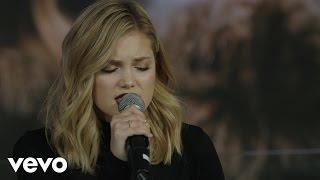 Смотреть клип Olivia Holt - History | Live