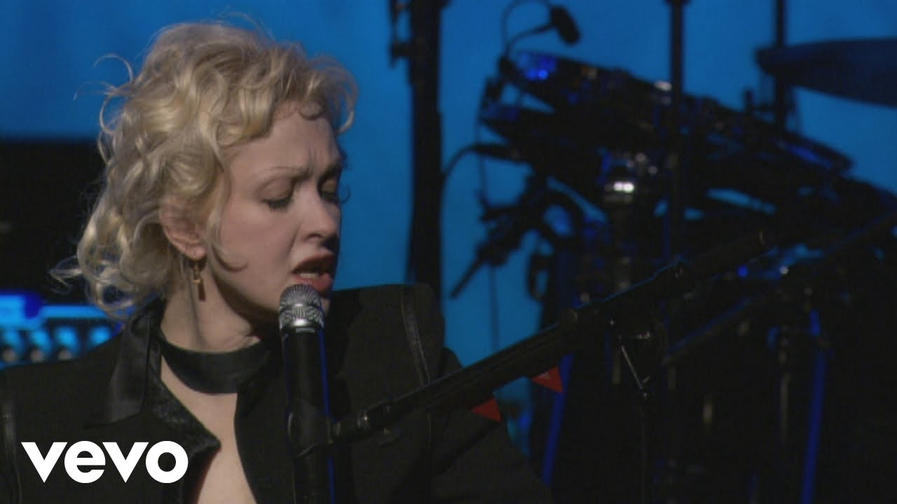 Download Cyndi Lauper - Time After Time (from Live...At Last)
