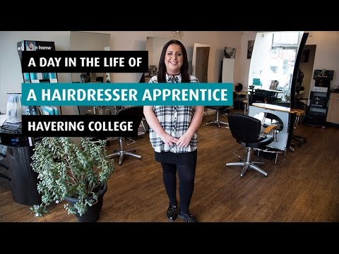 A day in the life of a Hairdresser Apprentice