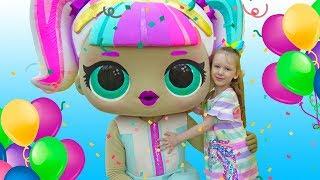 День Рождения Лизы! Супер праздник с куклами ЛОЛ! Часть 2 - Лол Единорожка!