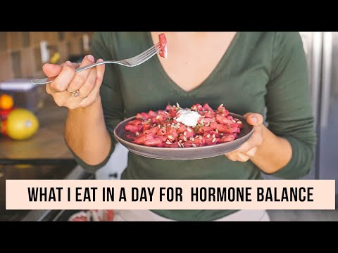 What I Eat For Hormone Balance & PCOS