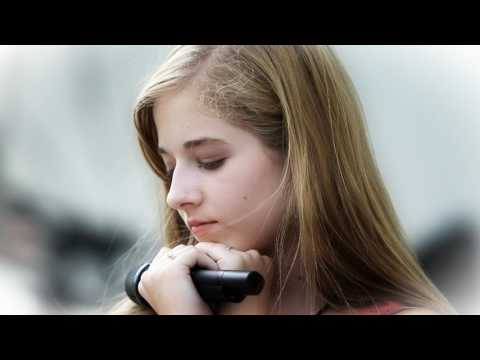 Discover Jackie Evancho's Je T'aime