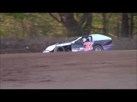 Butler Motor Speedway UMP Modified Heat #1 5/6/17