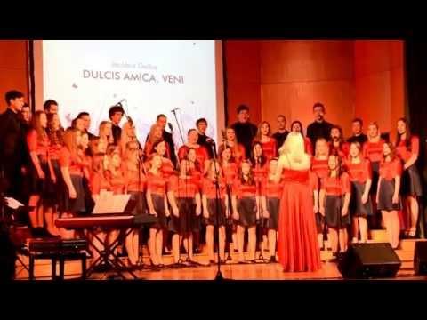 Mešani mladinski pevski zbor Šolskega centra Celej - Dulcis amica, veni (Jacobus Gallus)