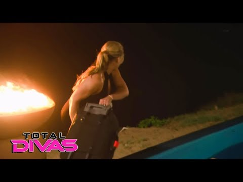 Natalya throws Lana's phone and clothes in the ocean: Total Divas, Dec. 13, 2017