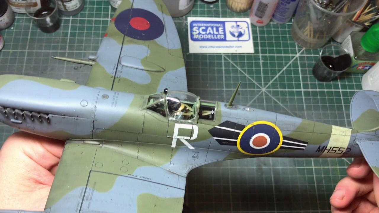 Revell   Spitfire Mk Ixc Build