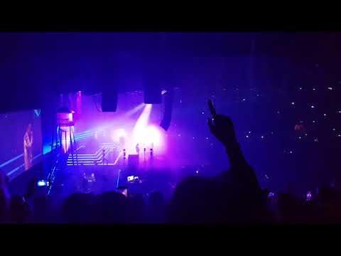 Mr Brightside - The Killers (Live @ Genting Arena, Birmingham. November 6th 2017)