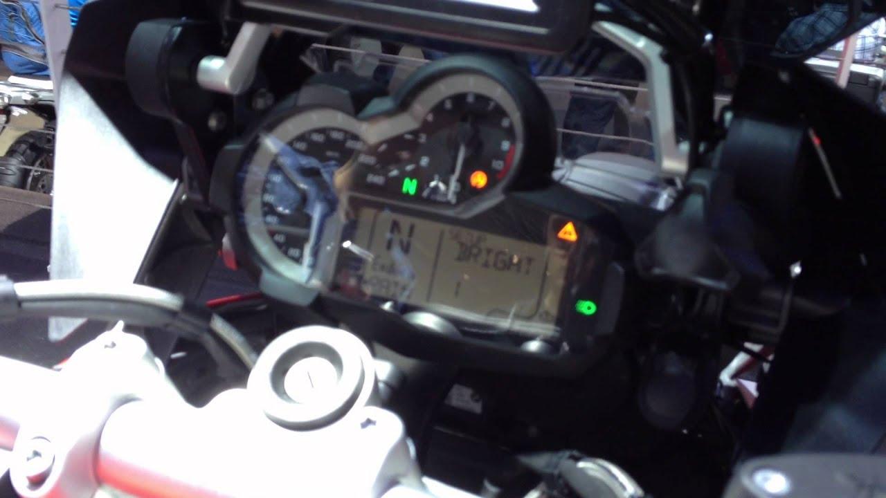 BMW R 1200 GS 2013 cockpit display www.motoraid.eu part 1 - YouTube   {Auto cockpit erklärung 45}