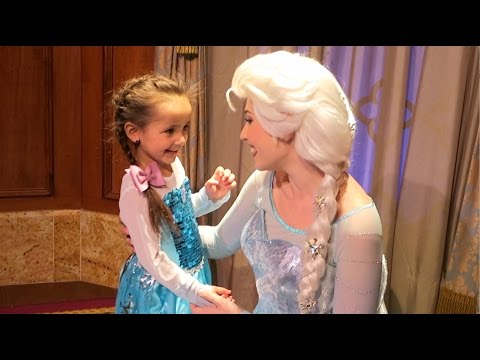 Disney World Trip Day 3 - MEETING FROZEN ANNA & ELSA
