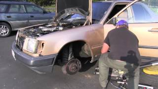 Mercedes W124 Front Fender Removal