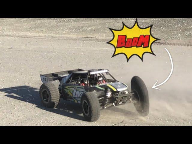 Losi dbxl-e fun run exploding tire really crazy !!