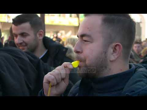 Studentët në protestë  - Top Channel Albania - News - Lajme
