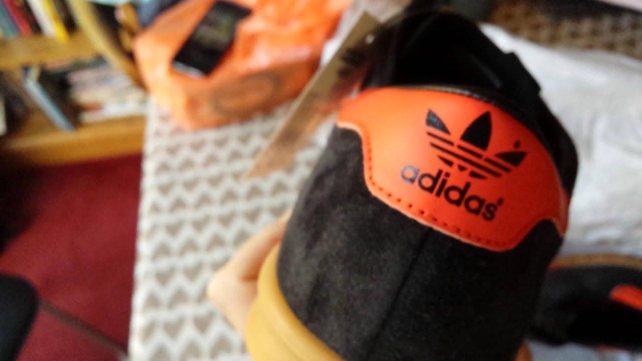 Suplemento arcilla Desarmamiento  Adidas Hamburg (Brussels colourway) box unopening - YouTube