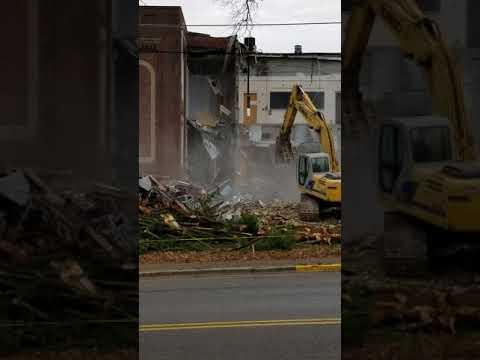 Versailles High/Woodford Middle School Demolition - Part 5 17Dec2017