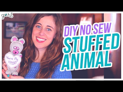 Do It, Gurl – DIY No-Sew Stuffed Animal