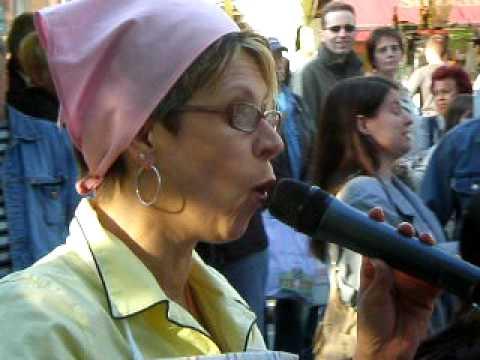 Berlin: Das Strassenfest In Tiergarten Moabit