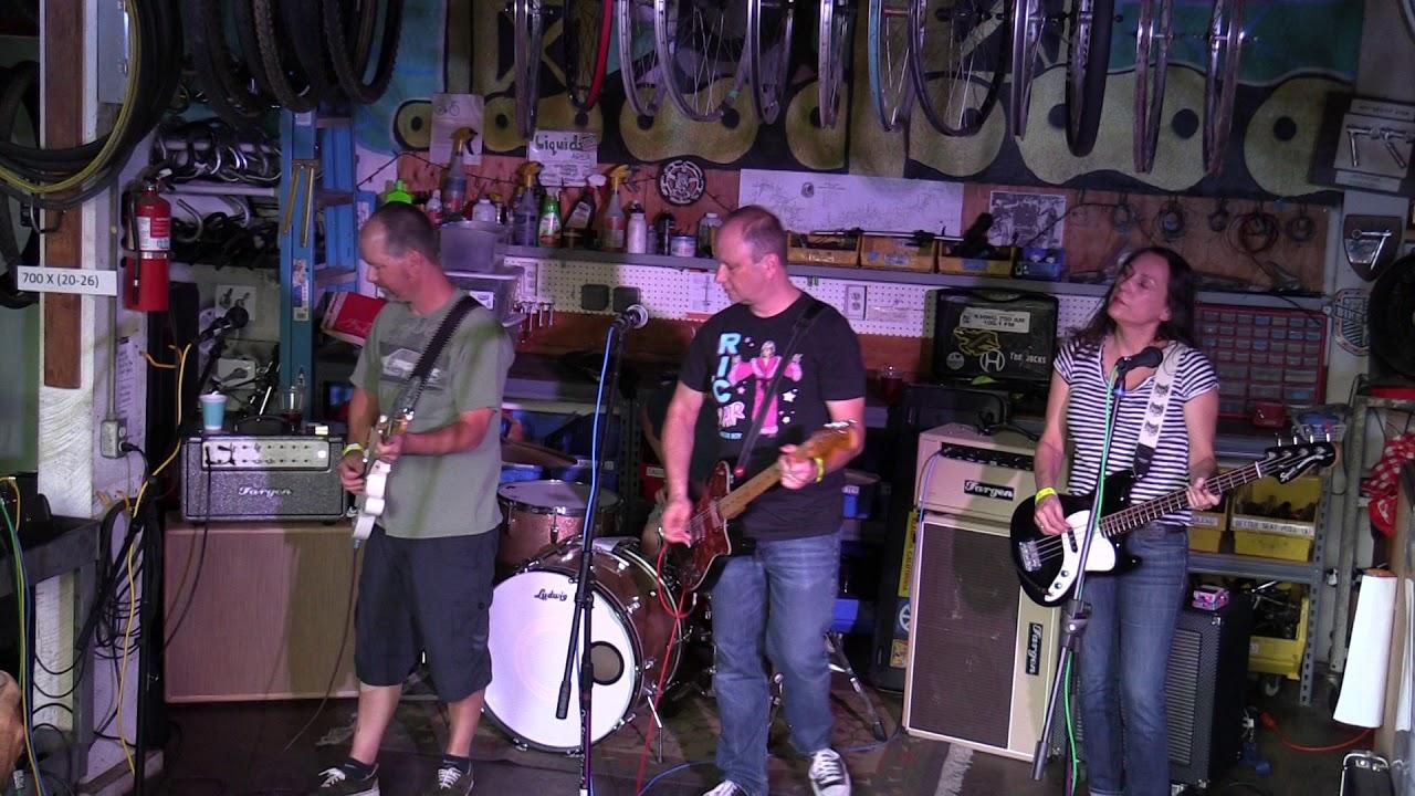 Slattern V- Sacramento Bike Kitchen 8/12/17 Part 1 Canon HFG30 ...