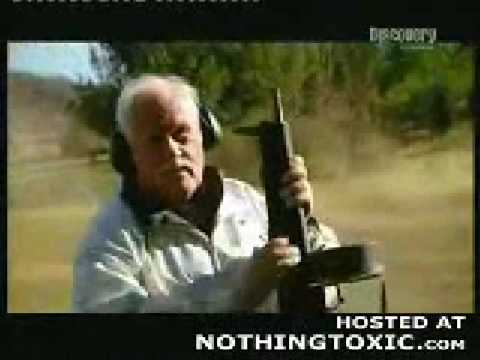 Auto Assault 12 (AA12) Automatic Combat Shotgun - I've Gotta Get Me One Of These!