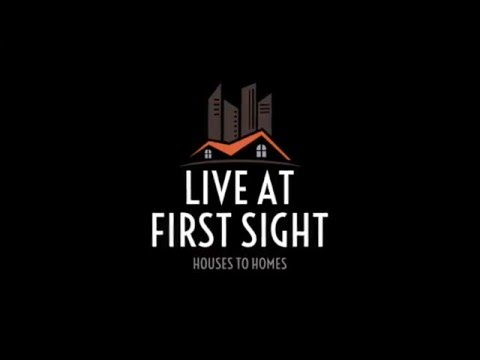 Live At First Sight ! Roommates In Mumbai