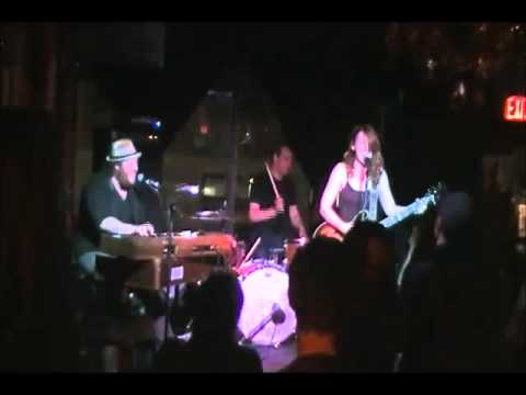 Little Foot Long Foot - LIVE at Cherry Colas / Toronto - April 2015