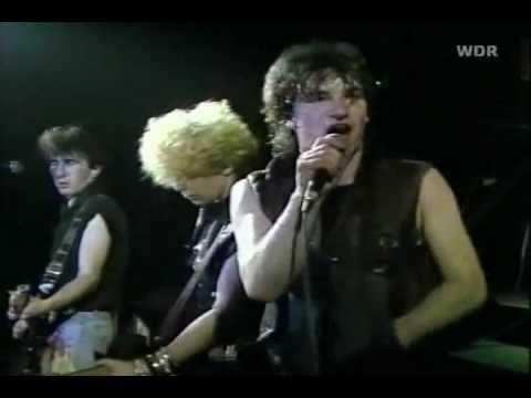 U2 - I Will Follow (1981)