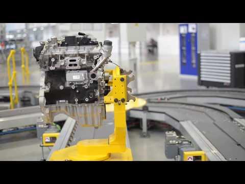 How the Jaguar Ingenium Engines are built