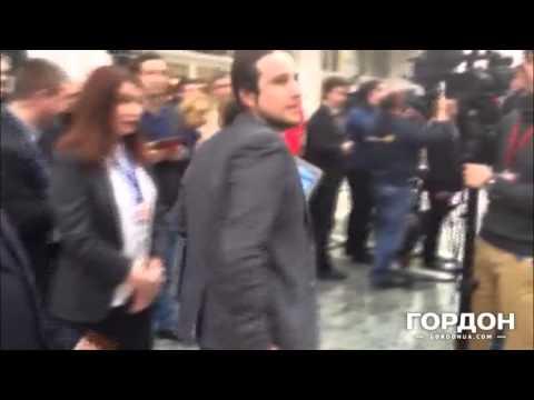 "Переговоры в Минске. Журналист LifeNews кричит ""Гав!"""