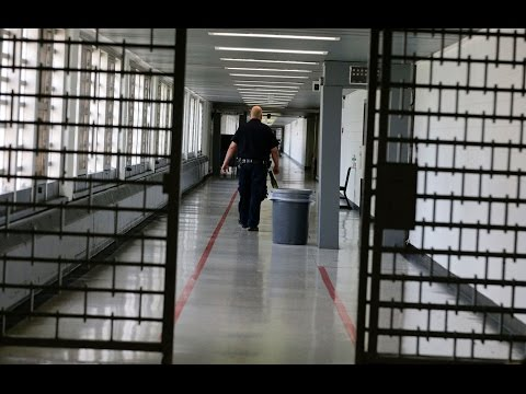 Feds Sue Rikers Island Prison