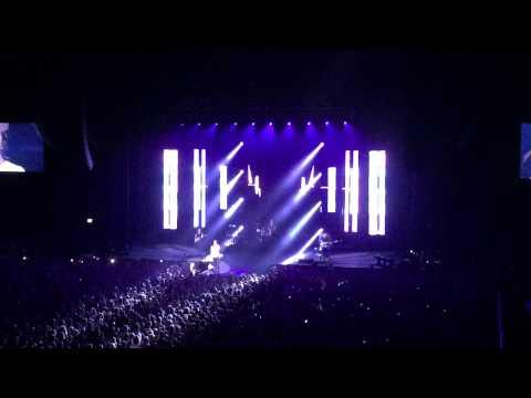 Demons by Imagine Dragons, live at Sydney, Sep 4 2015