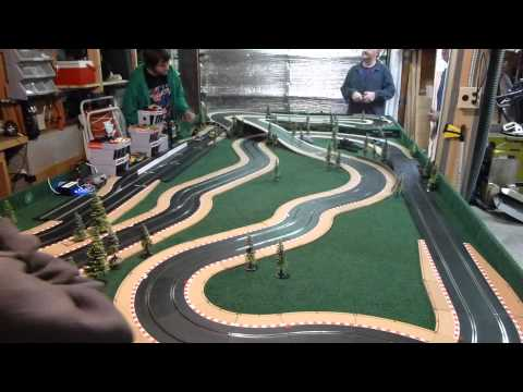 DRAWW – Scalextric Mini test and tune race