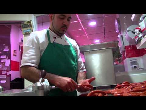 Elaboración de embutidos en carnicería Carceles y La Plaza de El Palmar Murcia