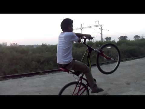 Naman Khodiyar 2014 Full Stunts Video Of Shahdol M.P...