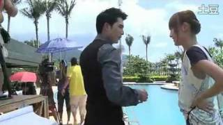 Waking Love Up 《愛情睡醒了》 BTS #23 - Xiaobei Falls in Pool