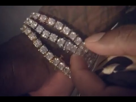 Young Thug Ask Gucci Mane How Much Each Of His Jewelry Is Over $1M Just On His Wrist