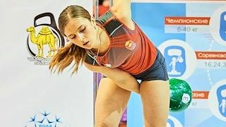 Ksenia Dedyukhina - 24 kg kettlebell snatch 160 reps (2016)
