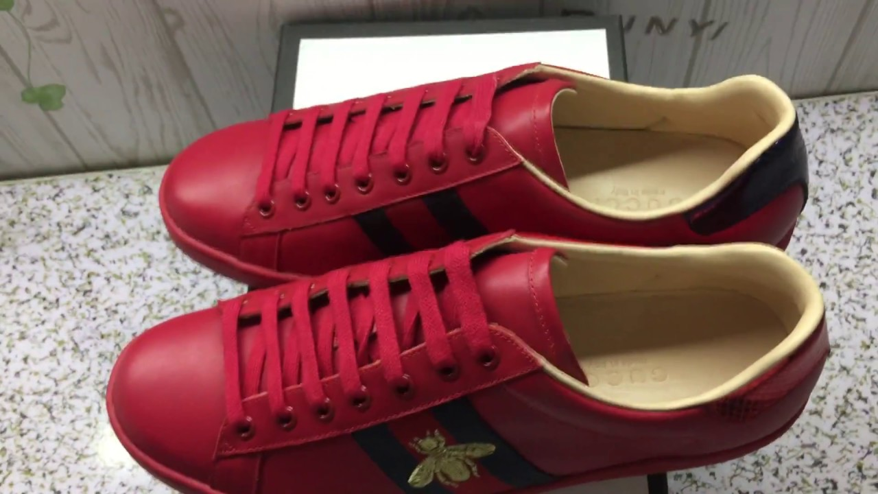 183bfd7f635 GUCCI ACE EMBROIDERED BEE SNEAKER RED UNBOXING AND REVIEW - YouTube